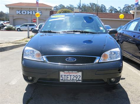 2006 Ford Focus Hatchback by 2006 Ford Focus Zx3 Hatchback Cars And Vehicles Daly