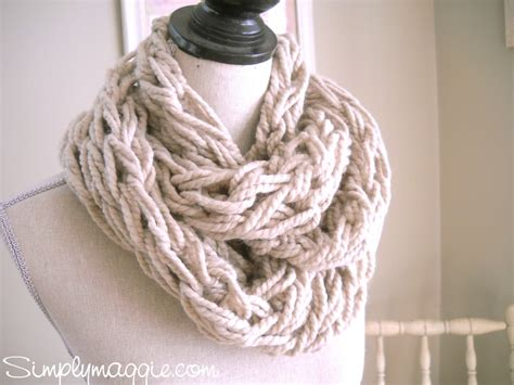 how to arm knit scarf arm knitting tutorial how to simplymaggie