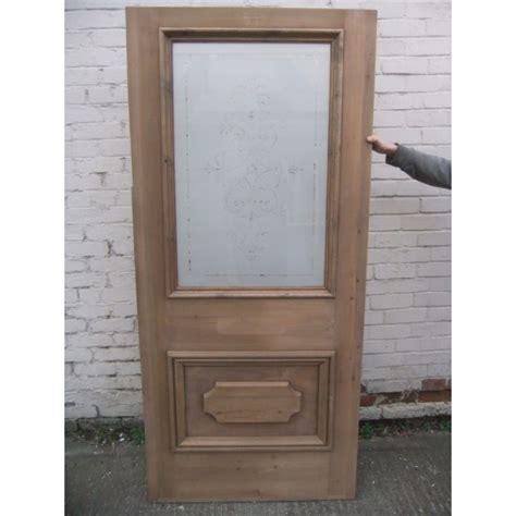 etched glass doors ed005 etched glass door the regent b