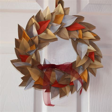 Ulixis Crafts Item Of The Day Autumn Paper Leaf Wreath