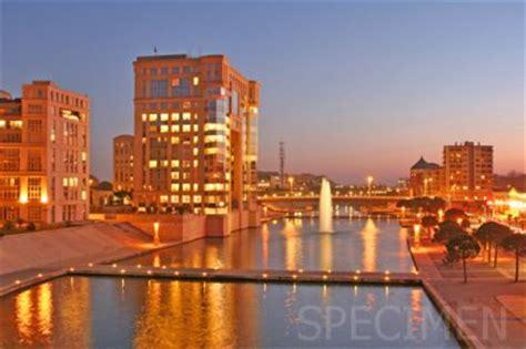montpellier port marianne hotel de r 233 gion consul de mer la ville ou le soleil ne se couche