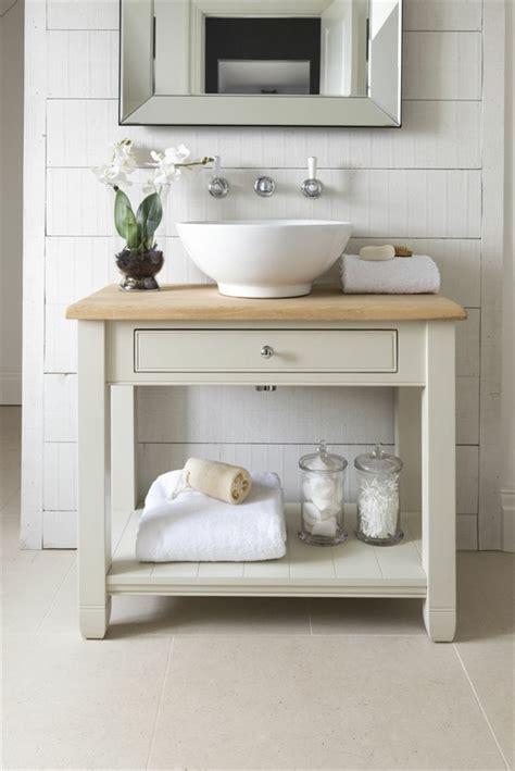 Classic Bathroom Designs waschtisch aus holz und andere rustikale badezimmer ideen