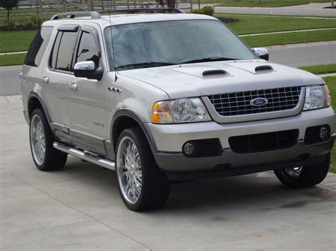 2004 Ford Explorer by Ford Explorer 2004 Engine Size