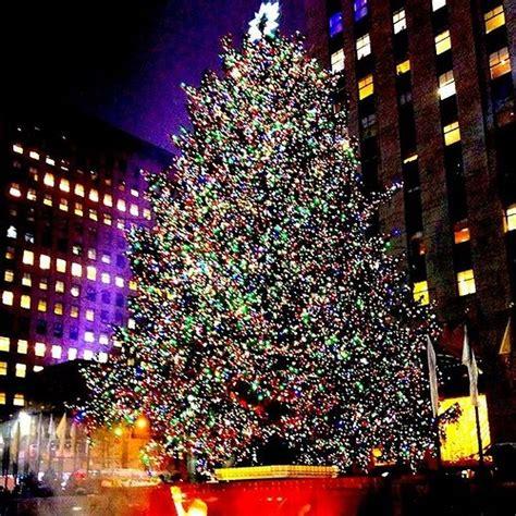 rockefeller tree lighting 2015 the 2015 rockefeller tree lighting 2015 kicking