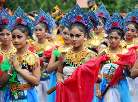 festival painting indonesia festivals of june trip atomtrip atom