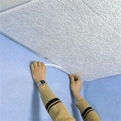 r 233 nover un plafond avec des dalles de polystyr 232 ne syst 232 me d maisonbrico