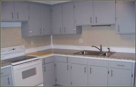 where to place kitchen cabinet handles where to place handles on kitchen cabinets 1000 images