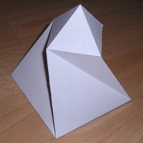 paper pyramid craft paper twisted pyramid