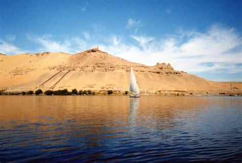 the nile file river nile near aswan jpg
