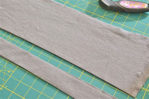 how to cut knit fabric sewing 201 knit binding tutorial sewcanshe free daily