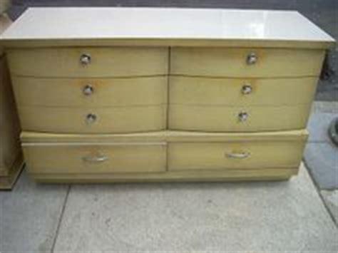 vintage bedroom furniture 1950s 1000 images about mcm furniture makeovers on