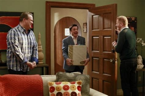 modern family season 5 episode 6 quot the help quot photos