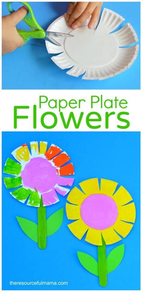 craft work for kindergarten 25 best ideas about flower crafts on paper