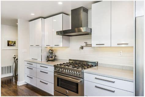 white high gloss kitchen cabinets 2015 modern kitchen furnitures high gloss white lacquer