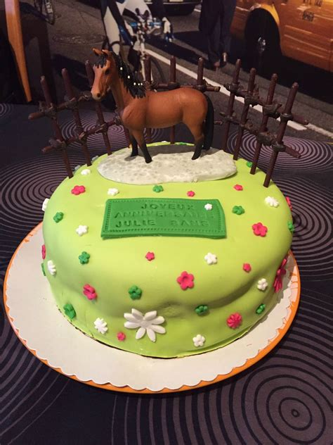 g 226 teau d anniversaire d 233 cor p 226 te 224 sucre quot cheval quot la cuisine de caro