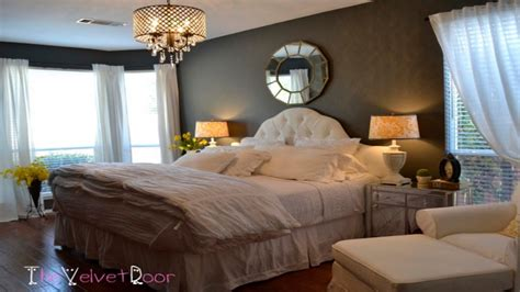 rustic paint colors for a bedroom chandeliers for bedrooms ideas rustic master bedroom