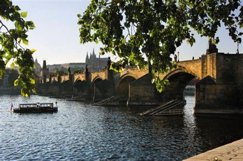 Garten Der Zwei Ufer Straßburg by Prag Hauptstadt Der Tschechischen Republik