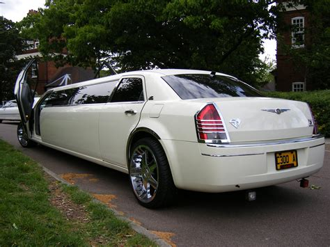 Chrysler Limo by Chrysler Limousine Hire Chrysler Limo Hire Service