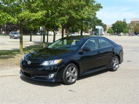 2011 Camry Se Review by Review 2012 Toyota Camry Se The About Cars