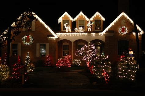 home light displays 9 home light displays goedeker s