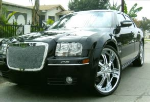 2005 Chrysler 300 Tire Size by 24x8 0 Wheels