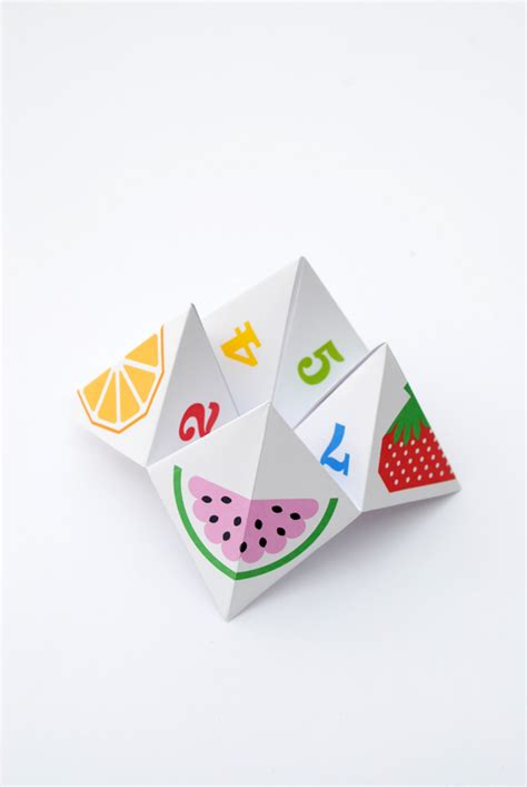 origami chatterbox origami fortune teller aka chatterbox minieco