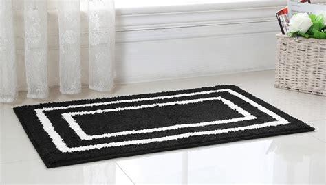 Black White Bathroom Rugs by Black And White Bathroom Rug Roselawnlutheran