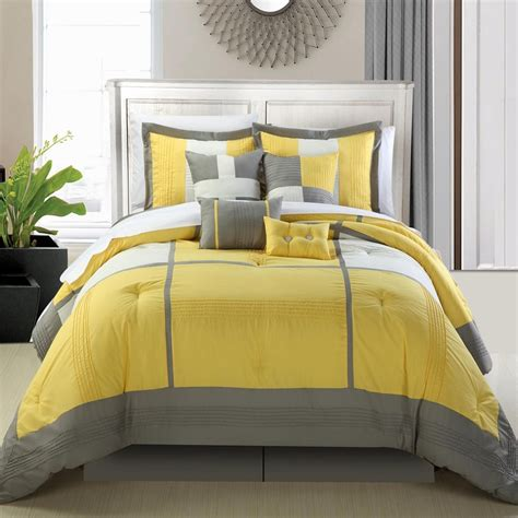 yellow comforter sets 6 yellow bedding sets you ll webnuggetz