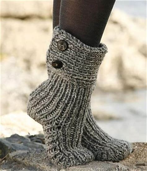 free slipper patterns to knit or crochet 10 diy free patterns for crochet slipper boots 101 crochet