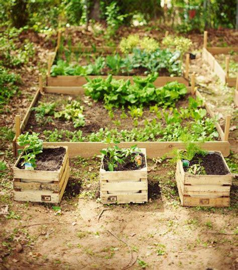 decorar jardines con rejas c 243 mo decorar mi jard 237 n con cosas recicladas uncomo