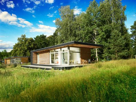 prefab small houses small modernist prefab how to choose small