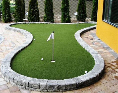 backyard putting green kit 25 best ideas about backyard putting green on