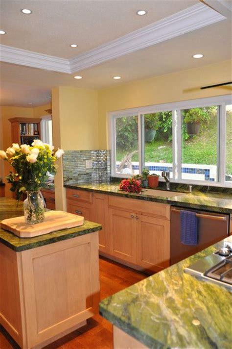 kitchen fluorescent lighting ideas 1000 ideas about fluorescent kitchen lights on kitchen lighting redo kitchen