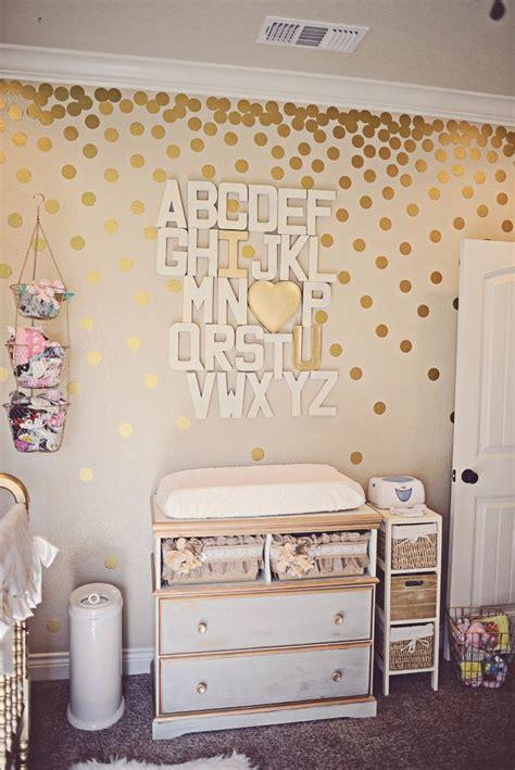 gold nursery decor girly gold nursery bricolage avec de l or points d or