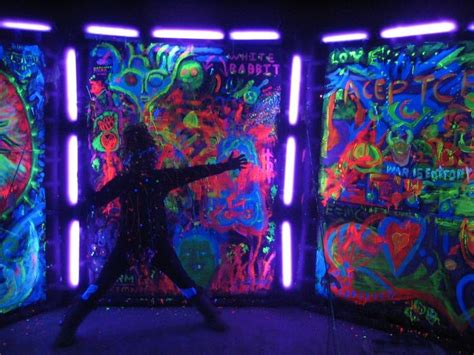 glow in the paint clubs glow in the and black light ideas messages