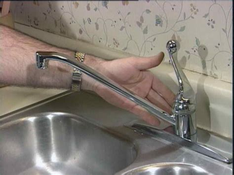 kitchen faucet leaking fix leaky kitchen faucet 28 images how to fix a leaky