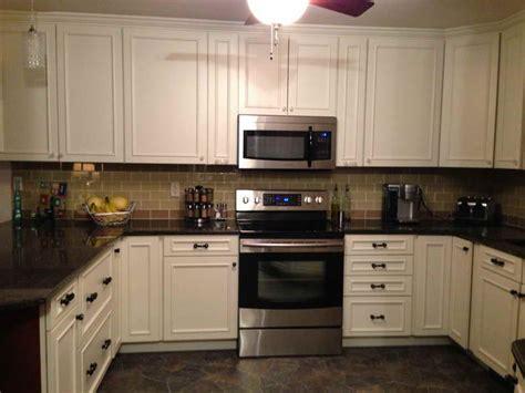 glass subway tile backsplash kitchen kitchen kitchen backsplash with subway tiles how to