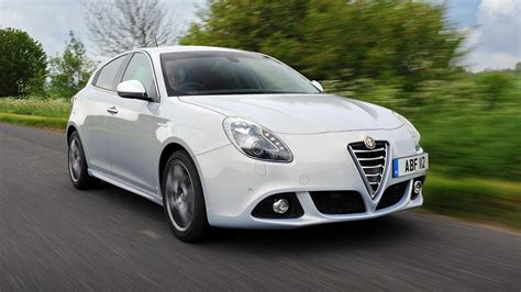 Alfa Romeo Julieta by Alfa Romeo Giulietta Review 2017 Top Gear