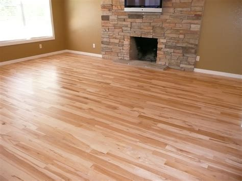 paint colors with light wood floors light wood flooring what color to paint walls hickory