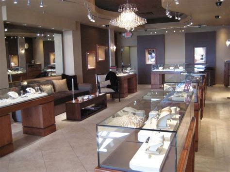 jewelry stores that make custom jewelry 25 best ideas about jewelry store design on