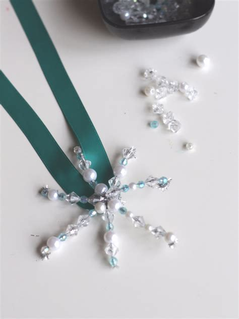 how to make beaded ornaments how to make a bead snowflakes no time for flash cards