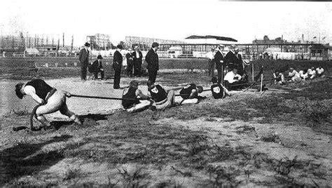 tug of war file 1904 tug of war jpg wikimedia commons