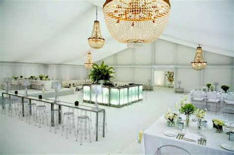 chandelier rentals for weddings chandeliers wedding decorations