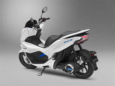 Honda Pcx 2018 Tokyo Motor Show honda pcx electric scooter unveiled at tokyo motor show 2017