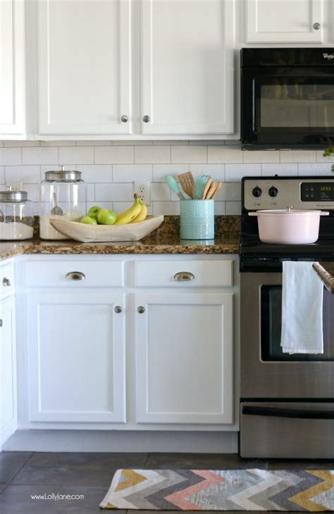 pictures of kitchen tile backsplash faux subway tile backsplash wallpaper