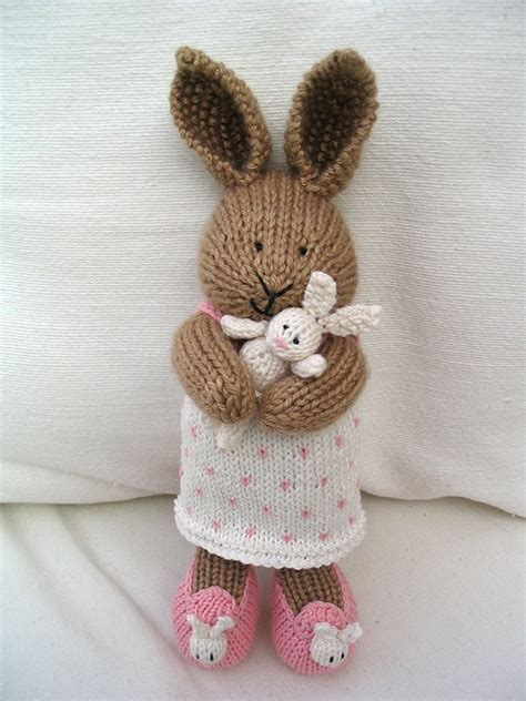 free knitting patterns for rabbits 25 best cotton rabbits ideas on