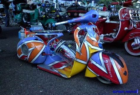 Modifikasi Vespa Model Harley by Modifikasi Vespa Ceper Atau Low Rider Ini Triknya Info