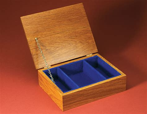 jewelry box how to make how to make a felt lined jewelry box minwax