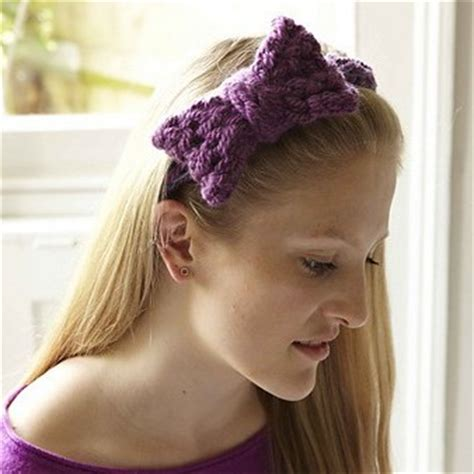 finger knit headband arm knitting and finger knitting in the loop knitting