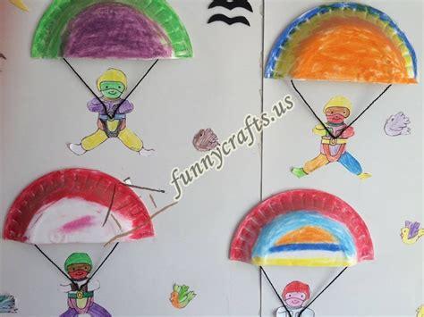 paper craft for preschoolers paper plate parachute craft for preschoolers 1 171 funnycrafts